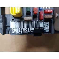 Boitier BSM en échange standard : référence 9666700180 Peugeot Citroen PSA Pièce auto Garantie 3 mois