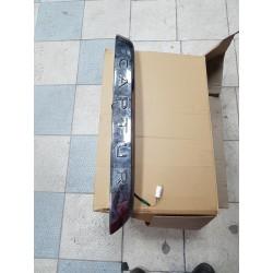 RENAULT CAPTUR  bandeau de hayon avec camera eclaireur  DE PLAQUE D'IMMATRICULATION DE PORTE DE COFFRE 848101327R annee 2018