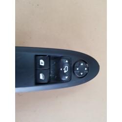 Platine de commande lève-vitre gauche occasion 98127152XT - CITROEN DS3 1.6I 16V