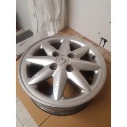 Jante alluminium  Renault Clio II 1.6 -  ref 7700415818B Alliage léger RENAULT stella  14 pouces