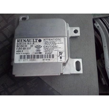 boitier air bag clio 2 phase 2 parfait etat !! ref 8200375763   /02850011537 bosch
