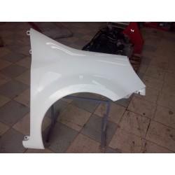 modus  aile avant droite parfait etat !!! couleur blanche  ref 369 /389 vendu complet de 2004 a 2007