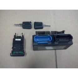 boitier decodeur clio 1 phase 3  depuis 98 ess et diesel  avec 2 plips  ref 7700845406 a