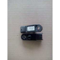 Renault megane III  clio 3  modus 1.5 DCI 66kw rail sensor pression capteur 0281002566
