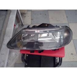 PROJECTEUR optique RENAULT LAGUNA  1.9 DTI 10.1997-03.2001 cote  gauche  chauffeur