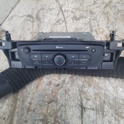 AUTORADIO RENAULT KANGOO 2 MERCEDES CITAN BLUETOOTH MP3 281159520R  AVEC SON CODE DE SECURITE