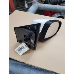 twingo 2 de 2011 retroviseur electrique coque blanche 369  bon etat ref origine 7701067335
